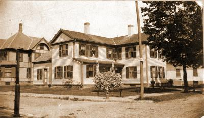 348 Hancock St.