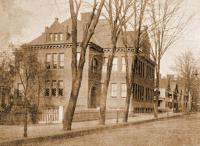 Pynchon Street School
